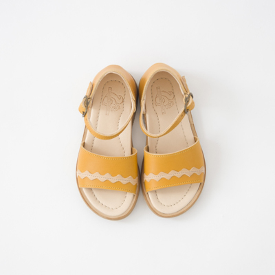 【OUTLET 65%OFF】NATHALIE VERLINDEN 2018SS キッズ FREYA リックラック レザーサンダル(GIALLO/MIELE ブライトイエロー)25-26
