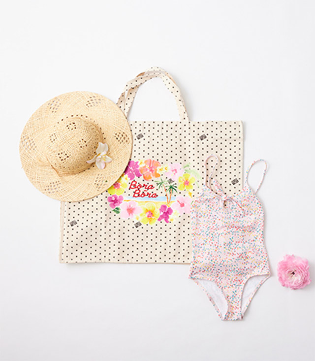 BONTON HAT ¥7,700 BAG ¥7,150 SWIMWEAR ¥11,550_8A