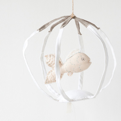 【SALE 40%OFF】TAMAR MOGENDORFF(タマー・モーゲンドルフ) FISH BOWL フィッシュボール (WHITE BOWL WITH CREAM FISH ホワイト )